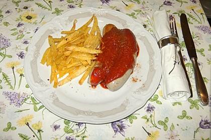Currywurst mit Pommes 17