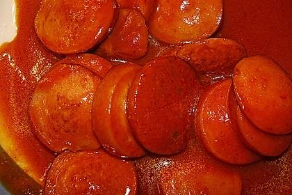 Currywurst mit Pommes 25
