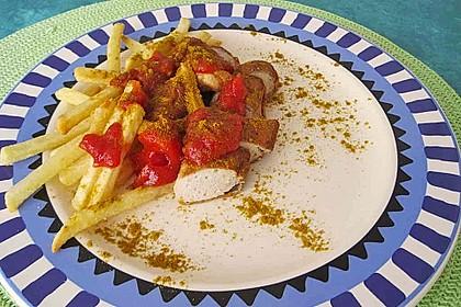Currywurst mit Pommes 26
