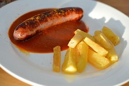 Currywurst mit Pommes 6