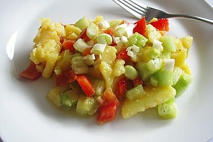 Kartoffelsalat mit Essig und Öl 11