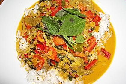 Rindfleischcurry mit Thai - Basilikum