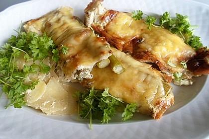 Spargelfladen mit Schinken und Käse