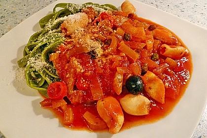Tintenfisch in scharfer Tomatensauce 2