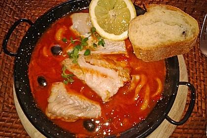 Tintenfisch in scharfer Tomatensauce 8