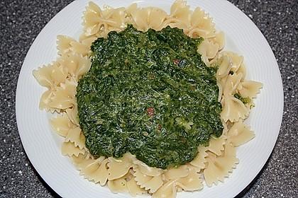 Spaghetti in Frischkäse - Spinat - Soße 8