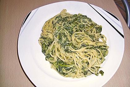 Spaghetti in Frischkäse - Spinat - Soße 6