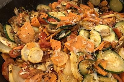 Ofenkartoffeln mit mediterranem Gemüse 2