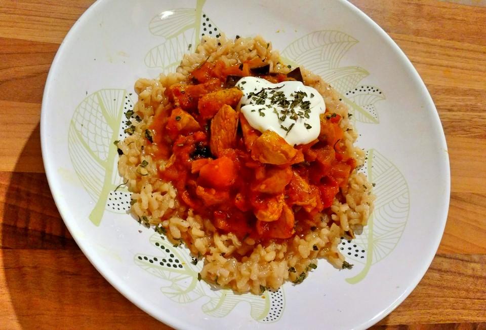 Schnelles Kürbis - Auberginen - Curry mit Pute