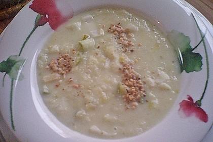 Chicoree - Rahmsuppe mit Birnen und Nüssen 2