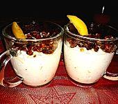 Mango - Quark - Dessert mit Walnüssen (Bild)
