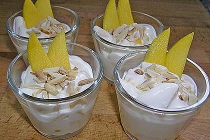 Mango - Quark - Dessert mit Walnüssen 8