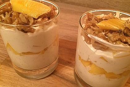 Mango - Quark - Dessert mit Walnüssen 13