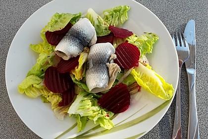 Rote Bete - Salat mit Rollmops