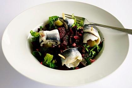 Rote Bete - Salat mit Rollmops 5