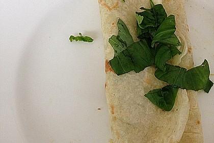 Sommerpfannkuchen mit Zucchini - Knoblauch - Frischkäse - Füllung 32