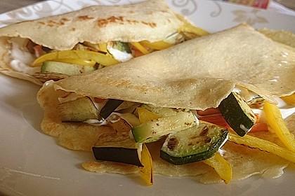 Sommerpfannkuchen mit Zucchini - Knoblauch - Frischkäse - Füllung 8