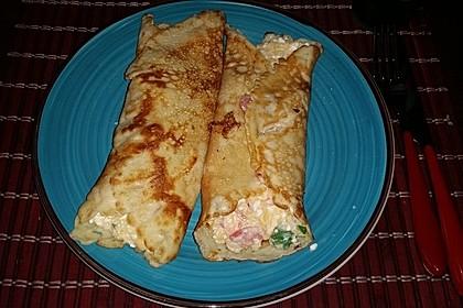 Sommerpfannkuchen mit Zucchini - Knoblauch - Frischkäse - Füllung (Bild)