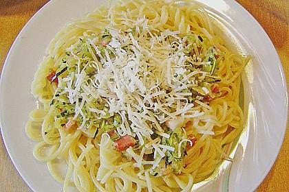Spaghetti mit Zucchini 7