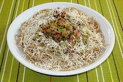Spaghetti mit Zucchini 9