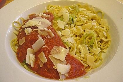 Spaghetti mit Zucchini 11