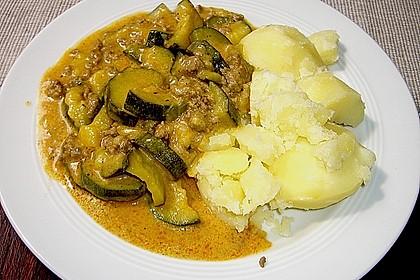Würzige Zucchini - Hackfleisch - Pfanne 3