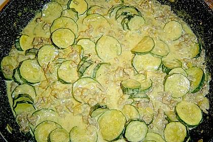 Würzige Zucchini - Hackfleisch - Pfanne 10