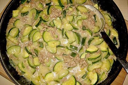 Würzige Zucchini - Hackfleisch - Pfanne 8