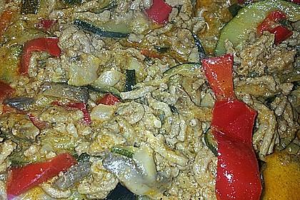 Würzige Zucchini - Hackfleisch - Pfanne 16