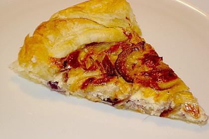Brillas Zwiebelkuchen mit Käse 16