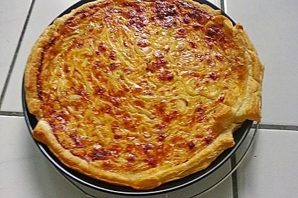 Brillas Zwiebelkuchen mit Käse 29