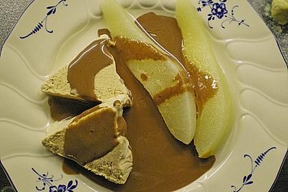 Zimteis mit Birnen und Lebkuchensauce 17