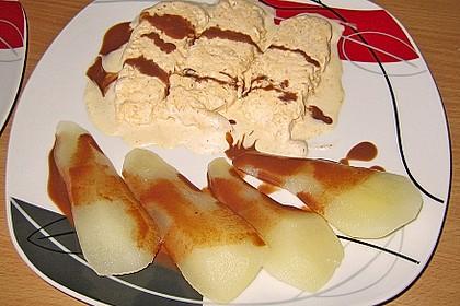 Zimteis mit Birnen und Lebkuchensauce 14