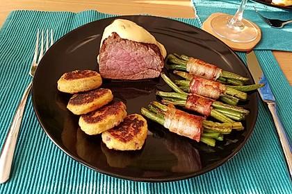 Chateaubriand mit Speckbohnen, Macaire - Kartoffeln und Sauce Béarnaise 1