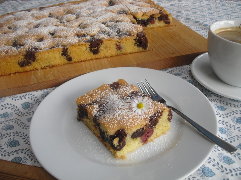 Wolkenkuchen Mit Kirschen Von Resiii92 Chefkoch De
