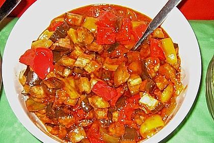 Auberginen - Paprika - Salat