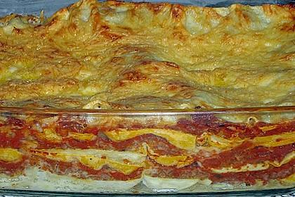 Lasagne alla Bolognese mit Béchamelsoße 16