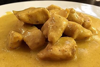 Hähnchen in Kokos Curry Soße (Bild)