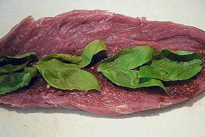 Gefüllte Schweinefilets mit Parmaschinken 65