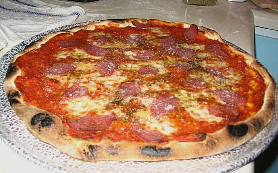 Pizza Rezept Für 8 Personen Von Suppentopf Chefkochde