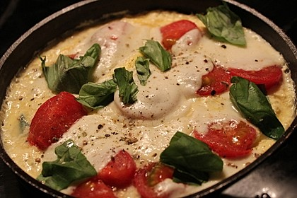 Eier - Tomaten - Mozarella - Pfanne 2