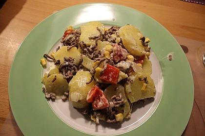Kartoffelauflauf mit Mais und Paprika 3