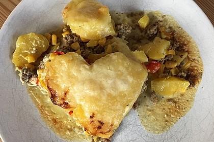 Kartoffelauflauf mit Mais und Paprika