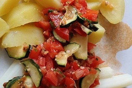 Zucchini - Tomaten - Gemüse 25