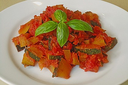 Zucchini - Tomaten - Gemüse 4