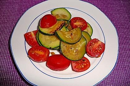 Zucchini - Tomaten - Gemüse 21