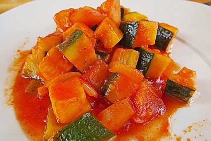 Zucchini - Tomaten - Gemüse 8