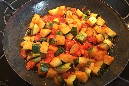 Zucchini - Tomaten - Gemüse 16
