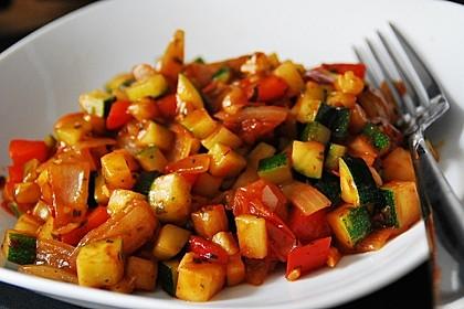 Zucchini - Tomaten - Gemüse 1
