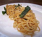 Spaghetti mit Salbei (Bild)